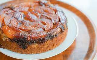 Морковный пирог с айвой