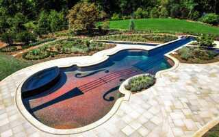 Садовый бассейн как на скрипке