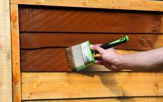 Как и чем красить садовую древесину на долгие годы